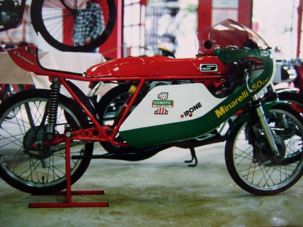 Amoticos de 50 cc GP T69g7n