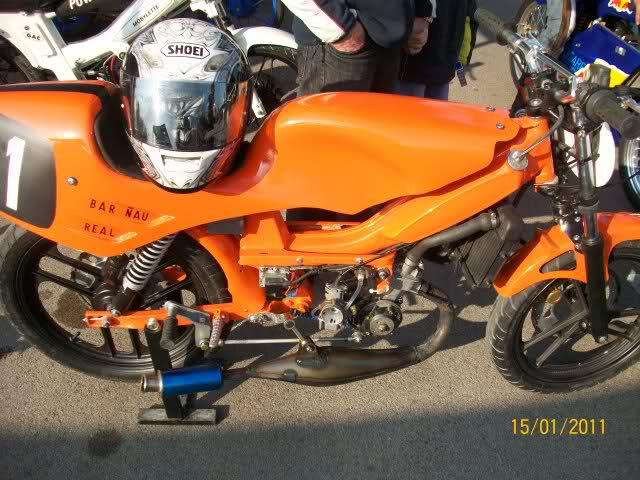 Exhibición de motos en Beniopa (Gandia) 200seqf