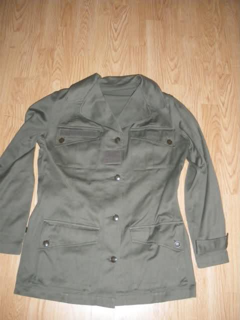 Les tenues et équipements de l'Armée Française 296j0o9