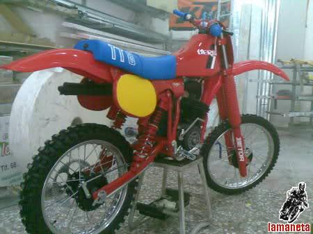 Derbi TT8 Roja - Limpieza A Fondo 29lzp85