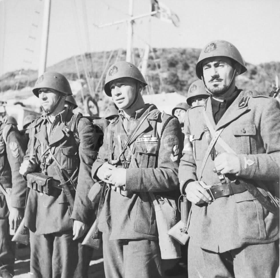 Occupation italienne en Corse (20) 2gv5u00