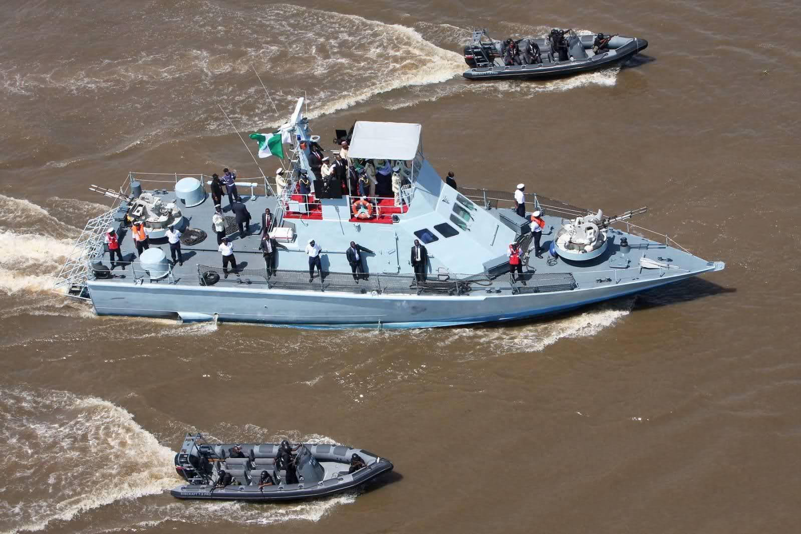 Armée Nigériane / Nigerian Armed Forces - Page 2 2mwtqpl