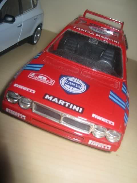 Il mini garage di Enea 334u4j6