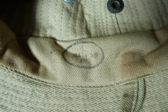 Le chapeau de broussse français 4jmb6x