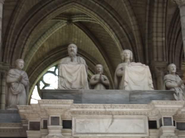 Le tombeau de François I° et de Claude de France 28jdrwm