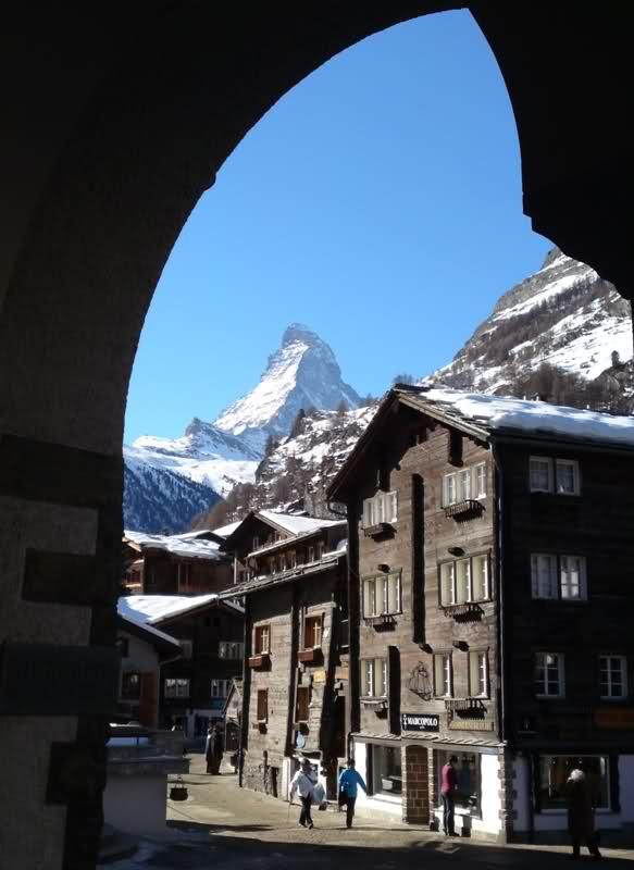 paradis - J'ai découvert le paradis des FAMeurs ! (Zermatt : propagande et photos :-) 2lw90r7