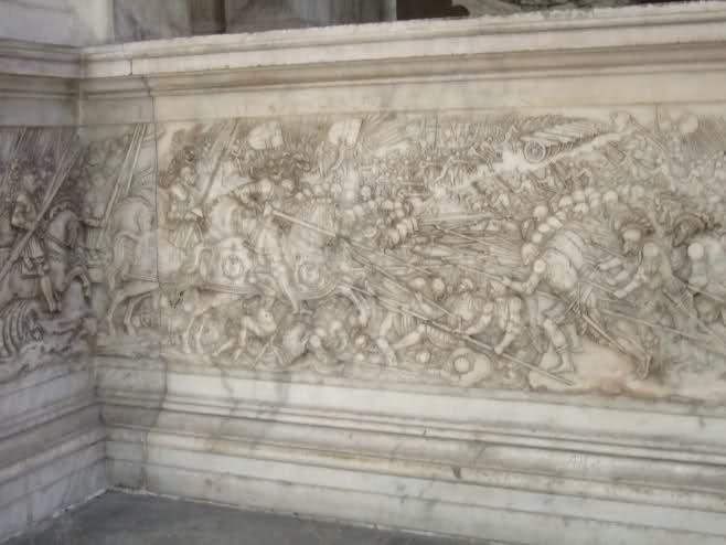 Le tombeau de François I° et de Claude de France Svhrpk