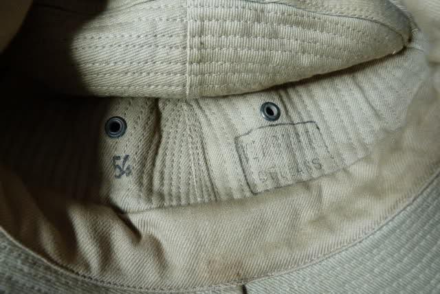 Le chapeau de broussse français 123l46o