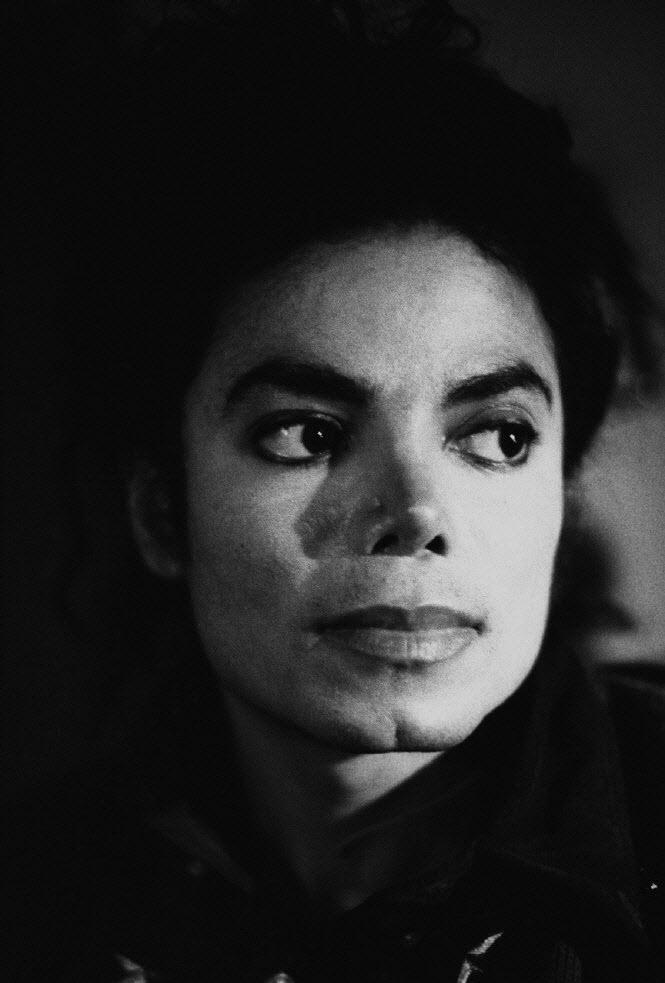 Raridades: Somente fotos RARAS de Michael Jackson. 14l0j2b