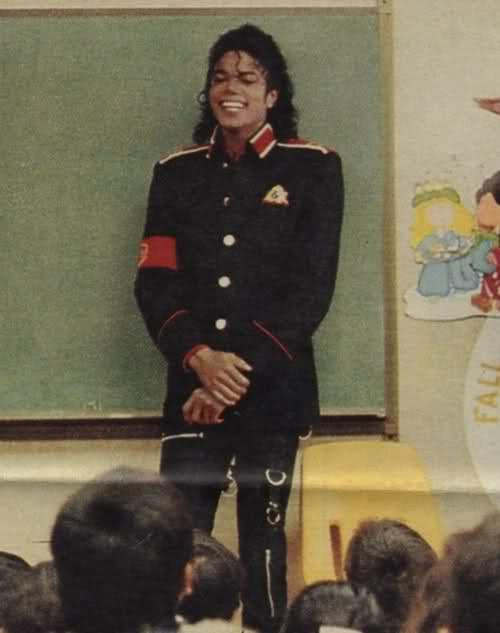 Il sorriso di Michael - Pagina 31 21cw9k9