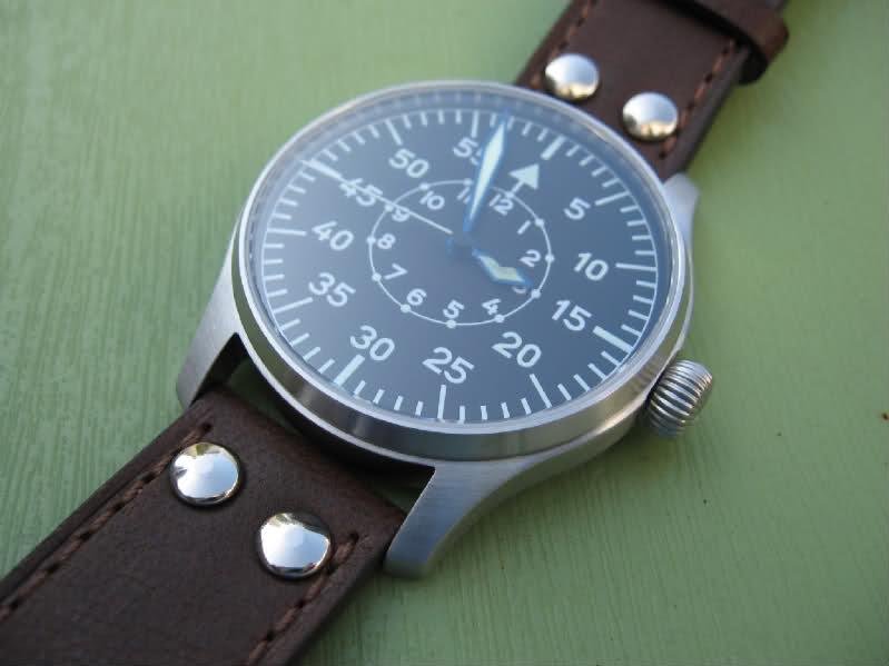 Eterna - La montre du vendredi 15 octobre 2010... 21ngo0j