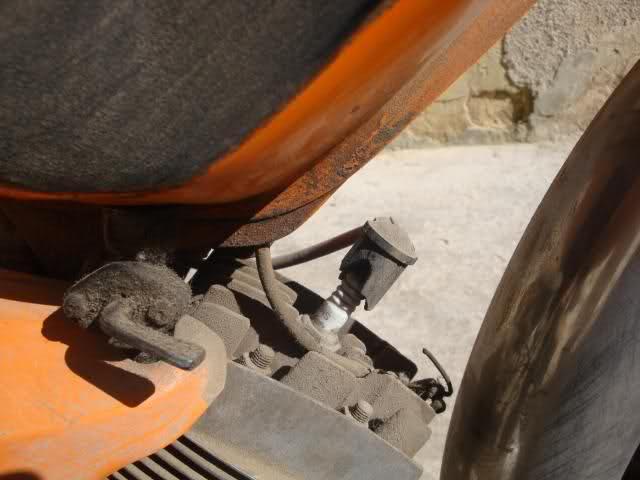 Peugeot 104R - Vamos a ponerla en marcha 24qtudu