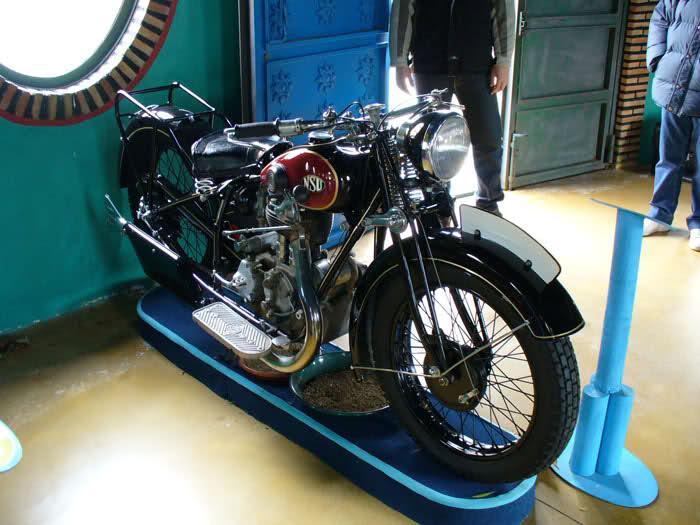 MUSEO DE LA MOTO CLASICA DE HERVAS.(Mas Fotos) 28lcg84
