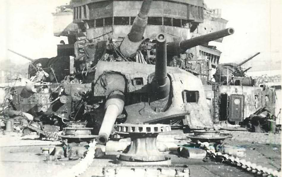 Le sabordage de la Flotte à Toulon (83) 27/11/1942 - Page 9 2j2f1nm