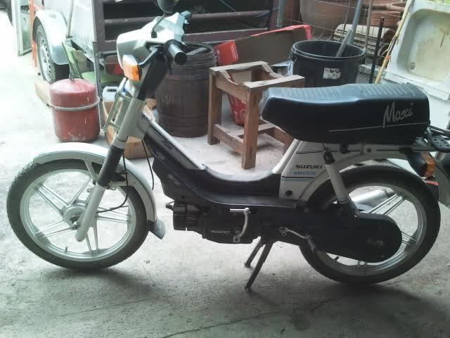 La Suzuki Maxi de un amigo 2nssvq0