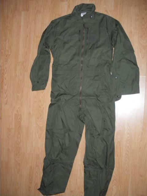 Les tenues et équipements de l'Armée Française Ddm4pd