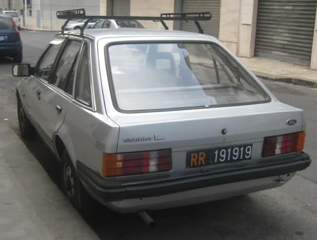 Avvistamenti Auto Storiche 3ago2011//21nov2011 - Pagina 23 Oss8t0