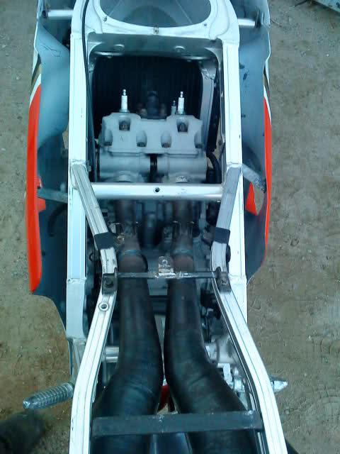 Mi Suzuki RGV 500 Oszsid