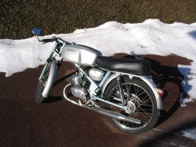 Mis Ducati 48 Sport - Página 3 V2r5h2