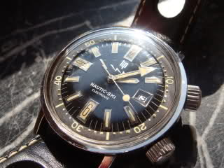 Où trouver des montres type super compressor ? 243p754