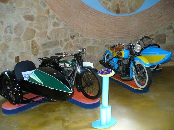 MUSEO DE LA MOTO CLASICA DE HERVAS.(Mas Fotos) 24gm8lh