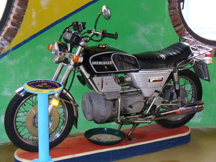 MUSEO DE LA MOTO CLASICA DE HERVAS.(Mas Fotos) 2d92ogz