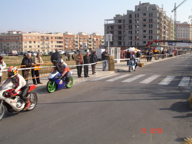 Exhibición de motos en Beniopa (Gandia) 2lapwtu