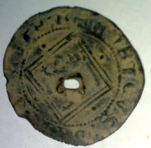 Blanca del rombo de Enrique IV (Ávila, 1471) agujereada 2rzyy5k