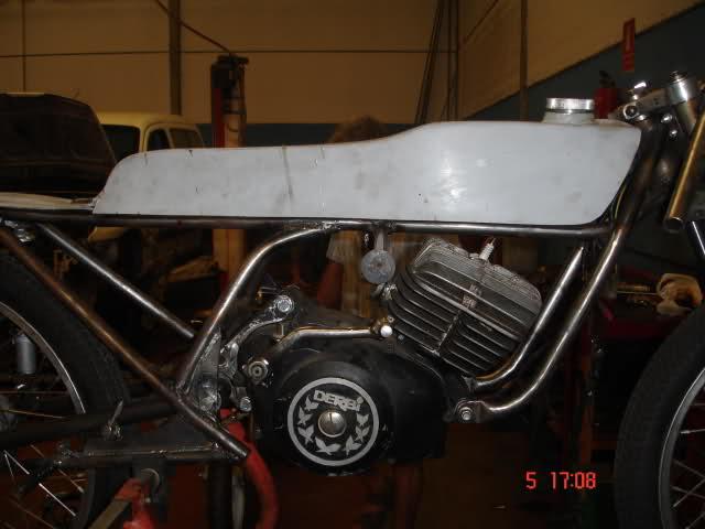 Replicando Derbi RAN por Pula Racing 35d26xg