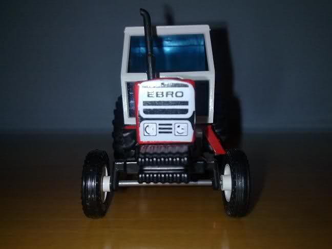 Miniatura Tractor MF 135 Nno5fc