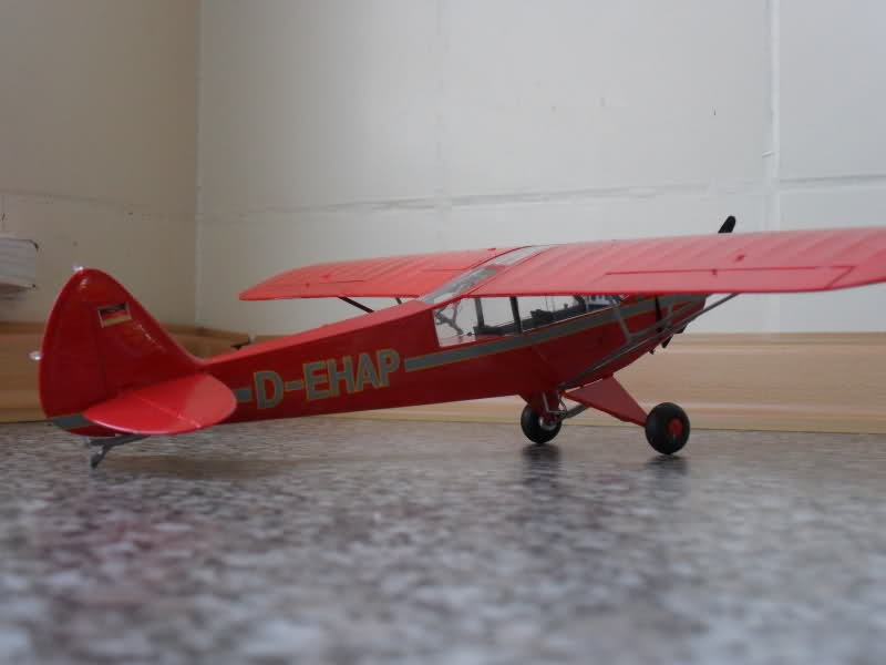 Piper PA-18 Super Cub / 1:32/ Revell Ve5c36