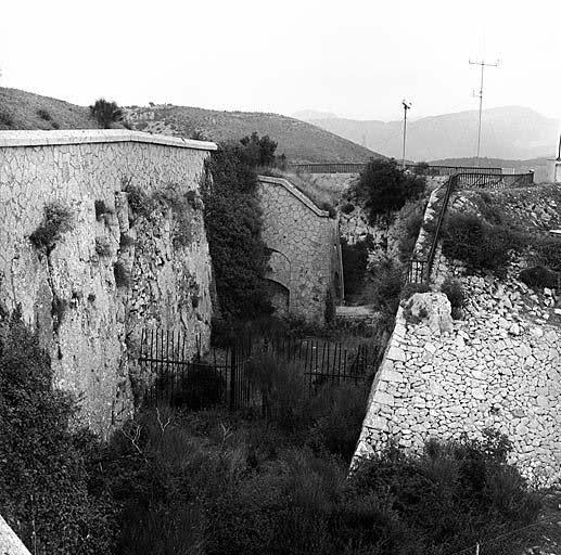 Radar mer, Tête de Chien (La Turbie, 06) 16iv1wn