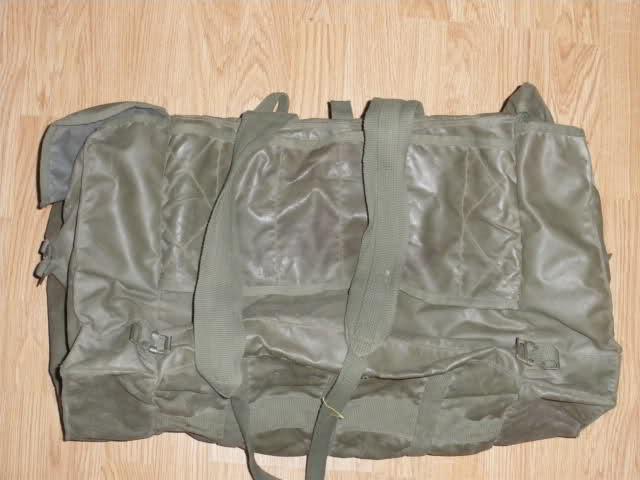 Les tenues et équipements de l'Armée Française 2h4mako