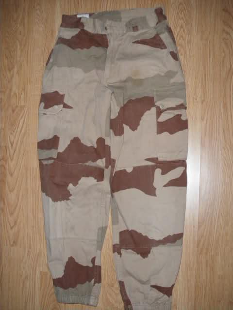 Les tenues et équipements de l'Armée Française 2z69h54