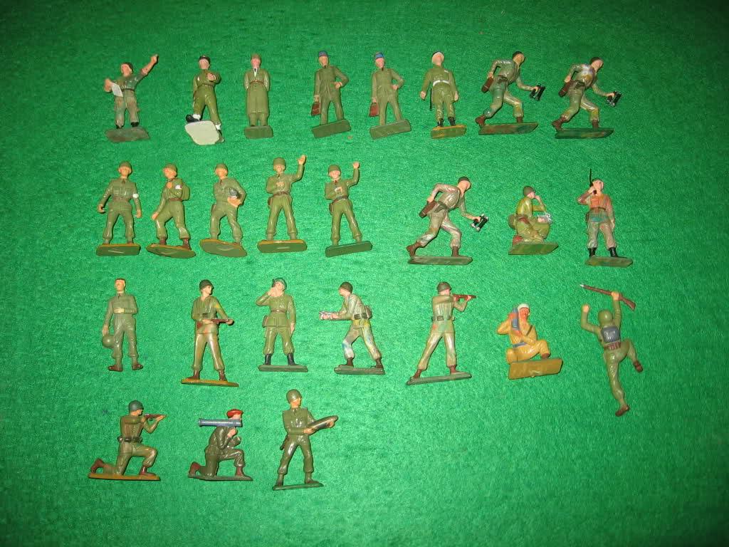 Les figurines anciennes, leurs accessoires et leurs décors. N3rhms