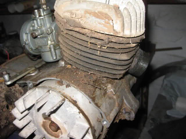 Restauración Ducati Cadet 50 W9flg9