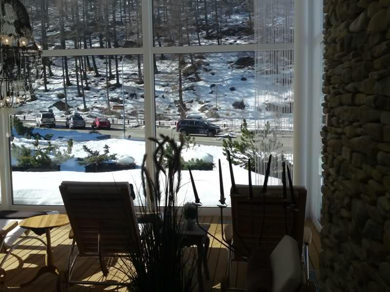 paradis - J'ai découvert le paradis des FAMeurs ! (Zermatt : propagande et photos :-) 241t8ub