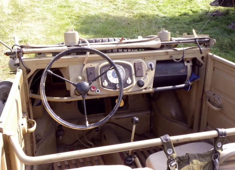 "VW Kdf.1 Typ 82 ""Kubelwagen"" Italeri 1/35 - Page 3 24y1nuo"