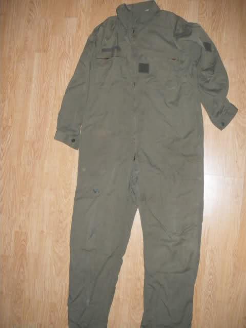 Les tenues et équipements de l'Armée Française 2cz4ohy