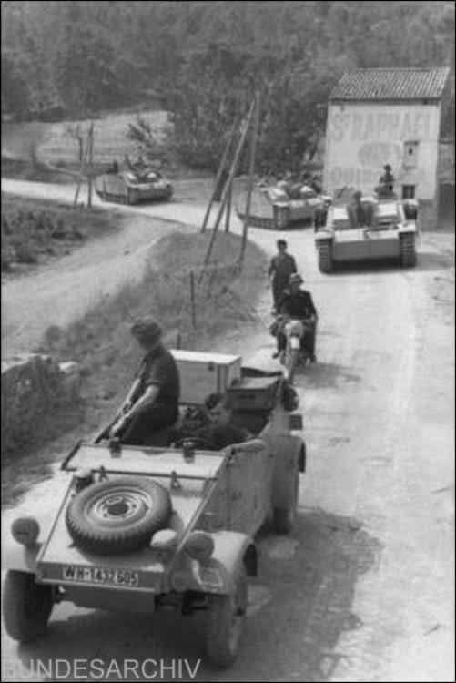 "60 Panzer-Grenadier-Division ""Feldherrnhalle"" 2eoem8o"