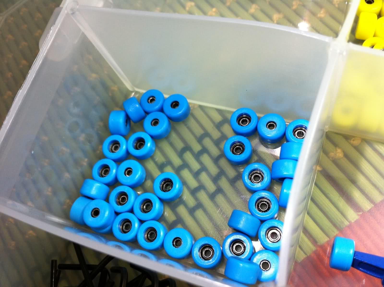 Fingerboard Items 2z5jc5u