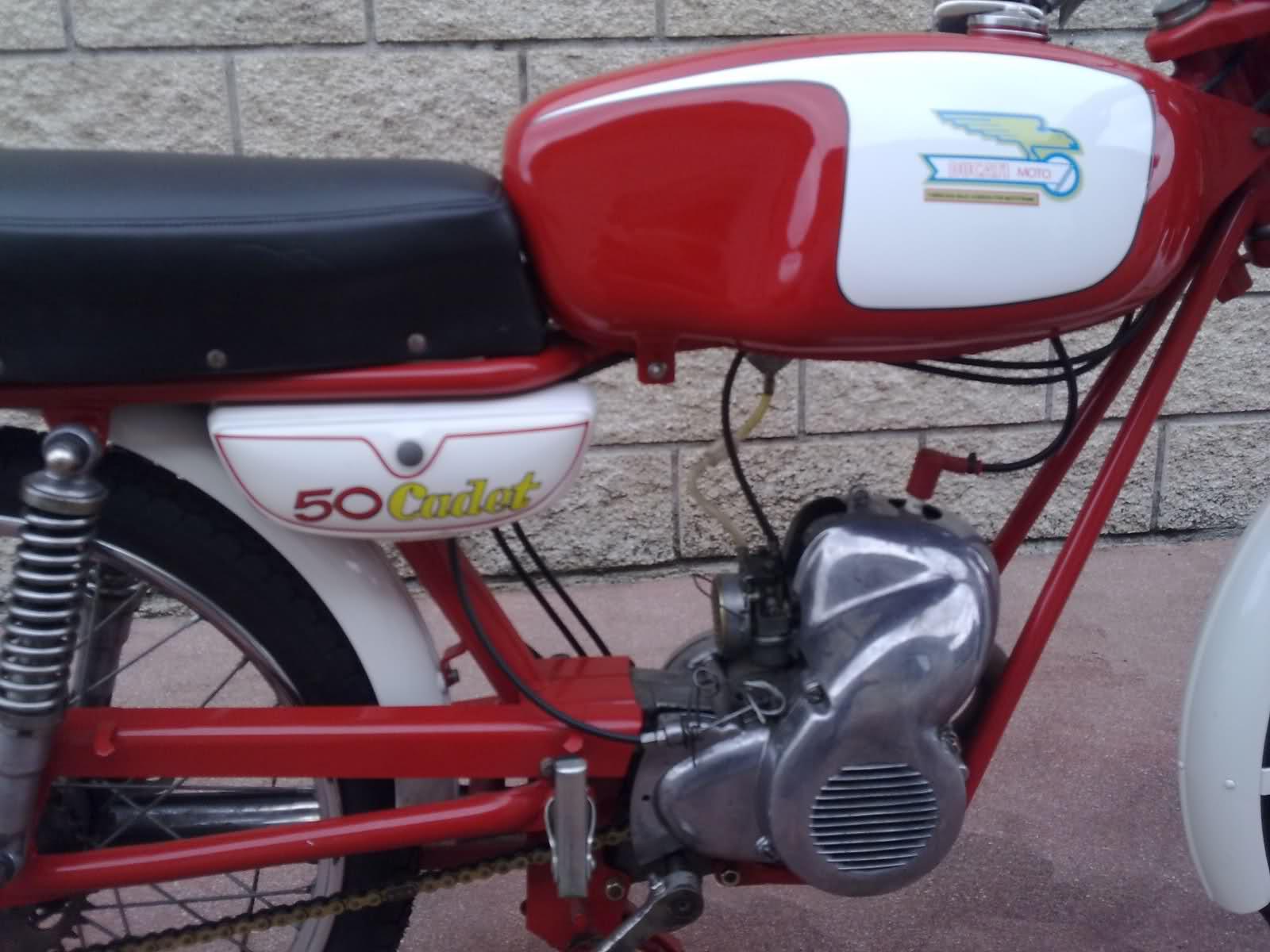 Restauración Ducati 48 Cadet 35hqvs4
