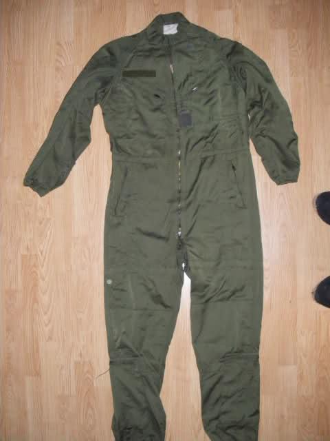 Les tenues et équipements de l'Armée Française Sv27pd