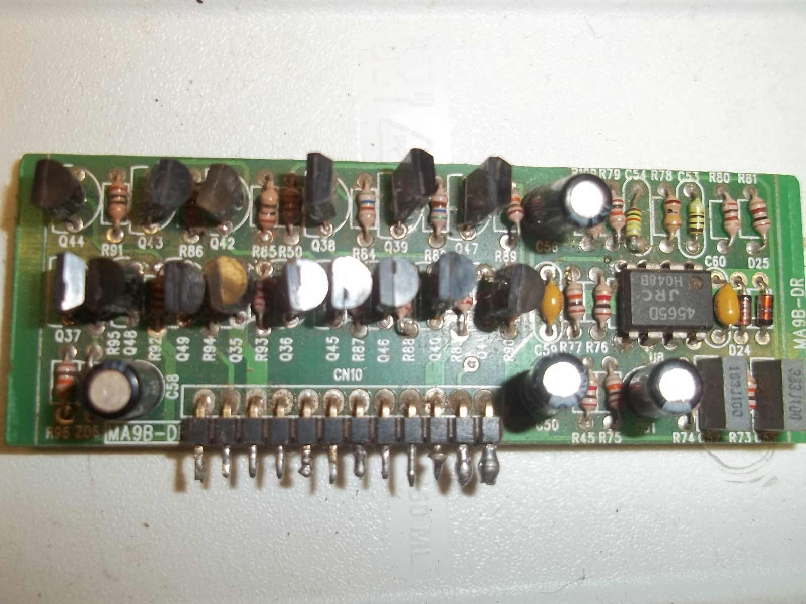 MOSFET DRIVER IR4427 14d3k9f