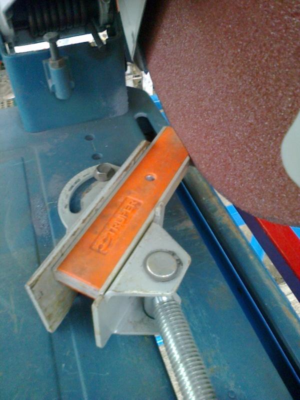 Mesa móvil para corte con tronzadora 14e3tec