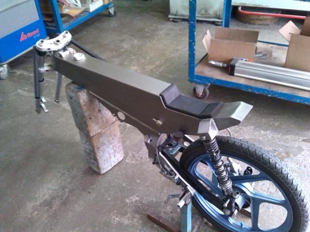 Mecanizado de piezas para monocasco - Página 3 154kg3s
