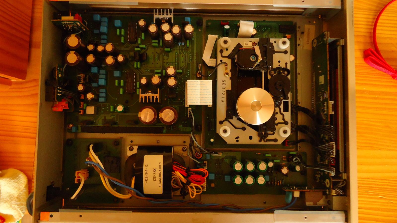 Fantástico CD player Sony CDP-X3000ES 1jug78