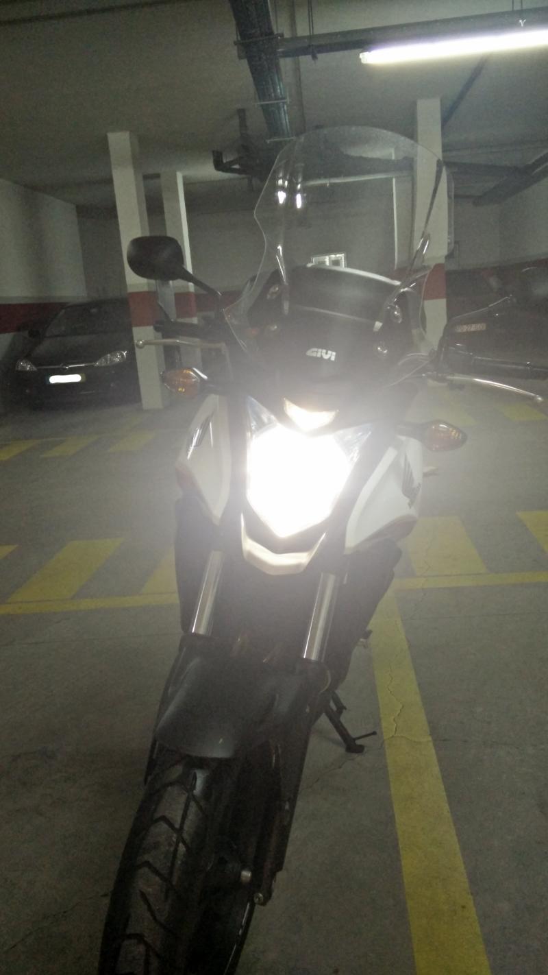 Substituição da lâmpada do farol 212tyc4