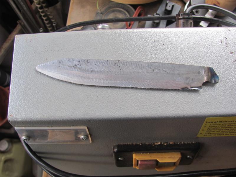 para - Cuchillo casero para el asado 2enucgi