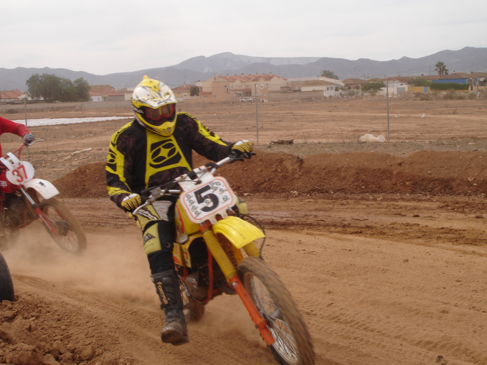 Quedada 80cc Clasicas Cartagena 2014 - Página 7 2ew3bt1